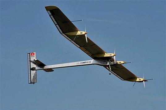 Solar-Impulse-First-Flight_APPhotoKeystone_Dominic-Faver-9